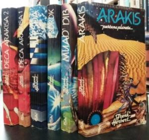 PEŠČANA PLANETA - FRENK HERBERT u 6 knjiga